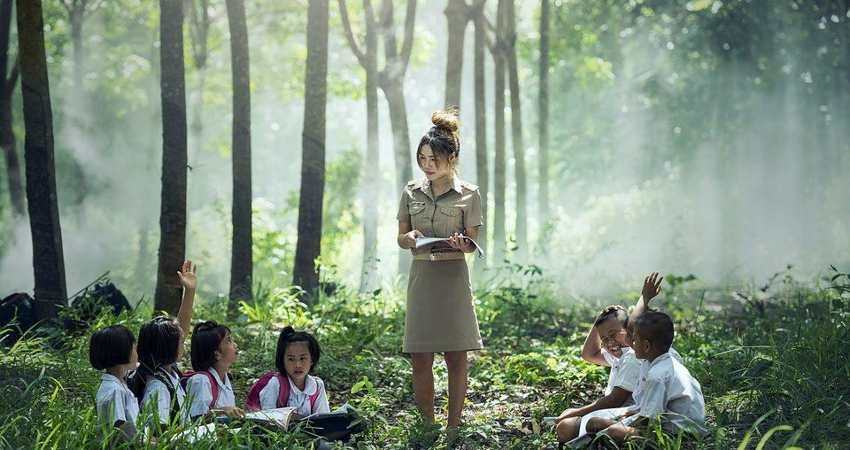 Jaki oczyszczacz powietrza do przedszkola i szkoły wybrać?