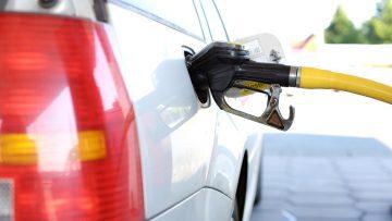 Wyższe kary finansowe dla producentów samochodów z silnikami Diesla i benzynowymi
